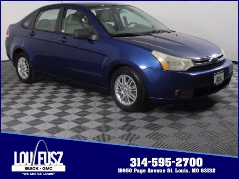Pre-Owned 2009 Ford Focus SE FWD 4dr Car